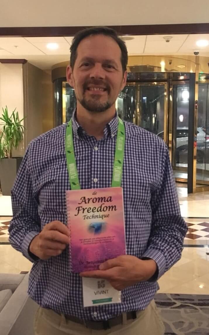 Aroma Freedom boek - Dr Perkus